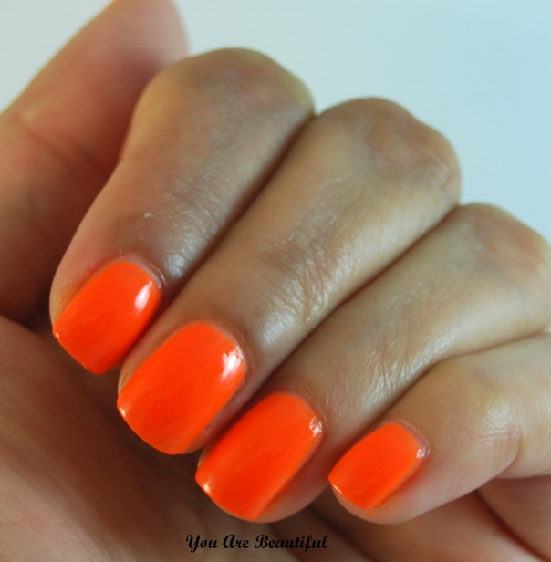 Savvy Neon Orange Swatch